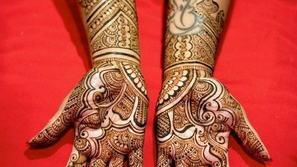 valentine-day-mehndi-designs-2015-collection-latest-pictures-for-girls-9378768