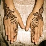 latest-and-easy-mehndi-designs-for-hands-2012-3-150x150-3354678