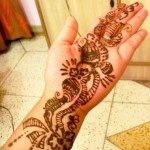 latest-and-easy-mehndi-designs-for-hands-2012-7-150x150-6788577