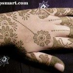 latest-and-easy-mehndi-designs-for-hands-2012-8-150x150-2422556