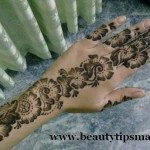 latest-and-easy-mehndi-designs-for-hands-2012-9-150x150-7729710